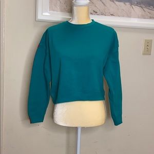 Forever 21 cropped sweat shirt